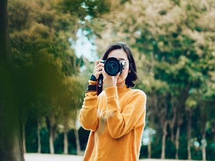 taking photo camera shot