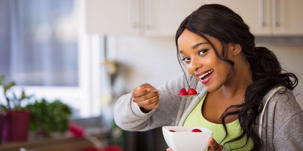 adult-bowl-brunette-eat