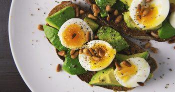 appetizer-avocado-bread-breakfast