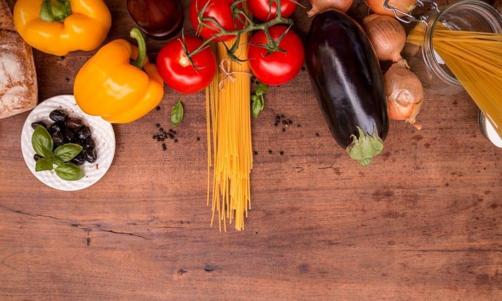 healthy salad nutrition